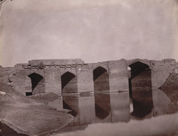 Old stone bridge over the Gangi River at Bhitari